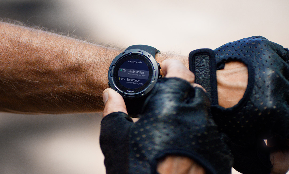 suunto-wrist-image-with-bike.jpg